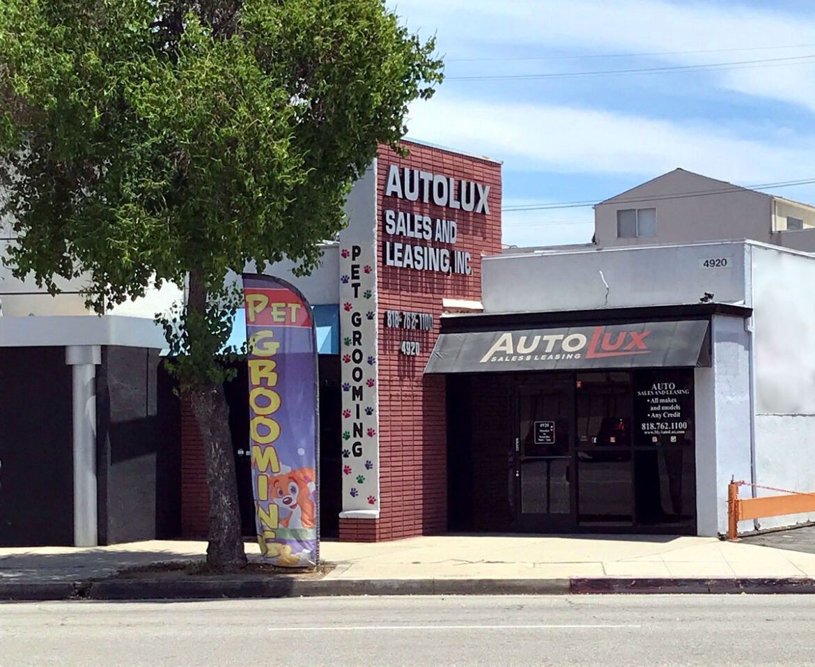 Retail Office Space in North Hollywood
